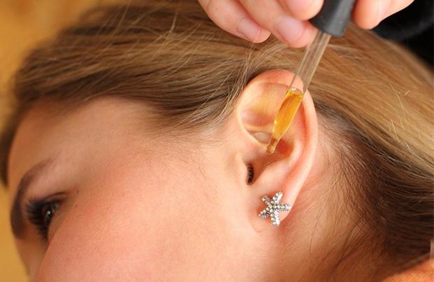 Лечение себореи в ушах