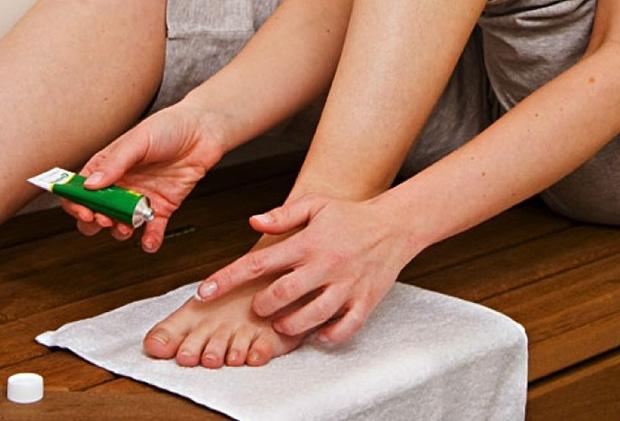 Лечение противогрибковой мазью