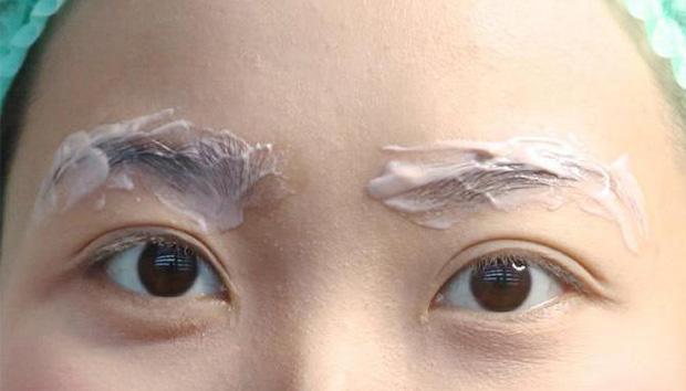 Лечение себореи на бровях