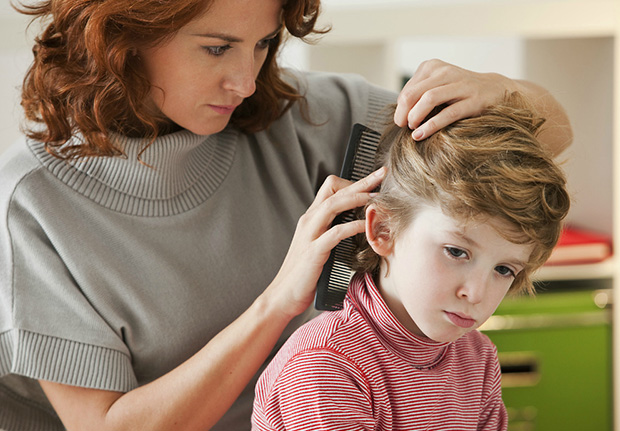 Особенности лечения перхоти у детей
