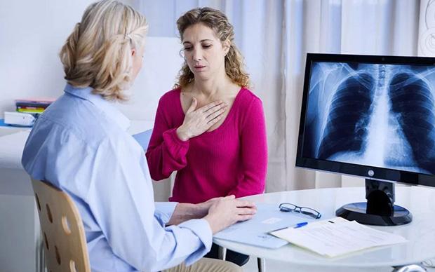 Пациент у врача-пульмонолога